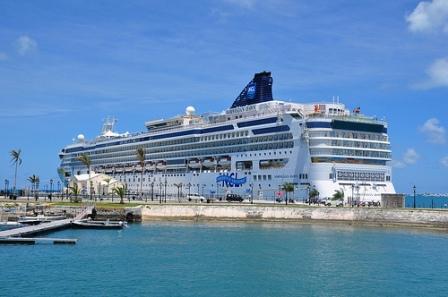 cruise etiquette, travel etiquette, business etiquette tips, polite manners, proper manners