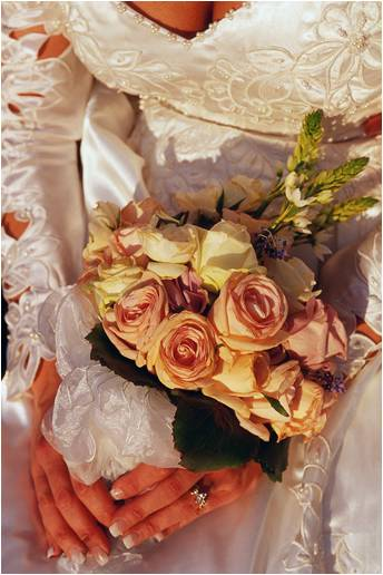 wedding flower etiquette, wedding etiquette